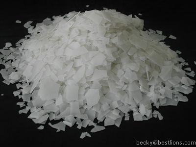 Caustic soda flkes