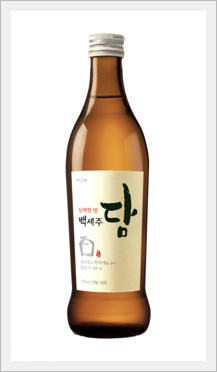 Korean Alcoholic Beverage \'Bekseju Dry\' (R...