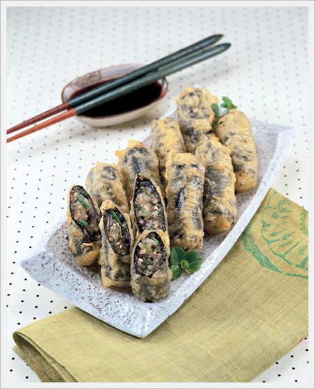 Deep Fried Seaweed Roll  Made in Korea