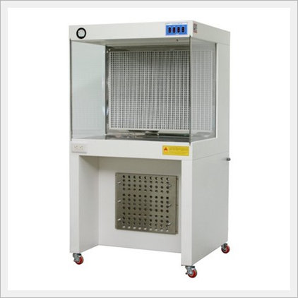 Clean Bench / Laminar Flow Cabinet (J-CBWH...
