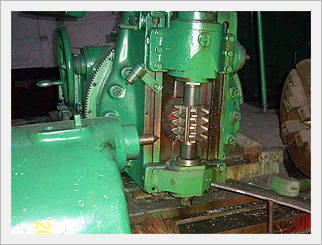 Horizontal Hobbing Machine