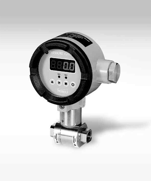Pressure Measuring Instruments : Panel mounting type differential low press