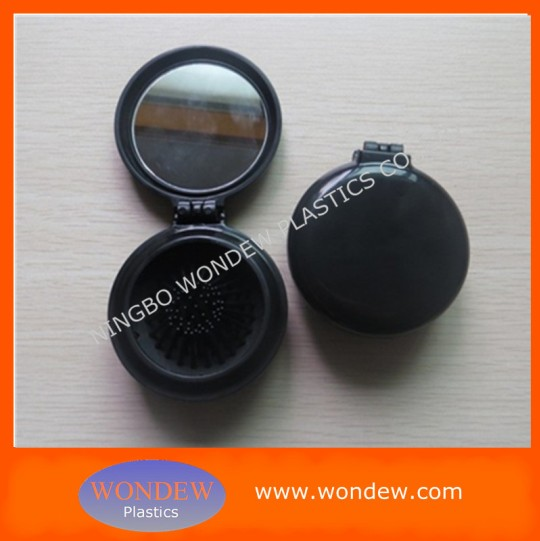 Plastic foldable hair brush with mirror