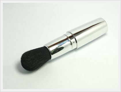 Retractable Powder Brush (SH-28)