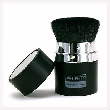 Retractable Mineral Powder Brush