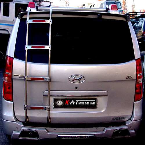 2007 ~ H1 Rear Ladder