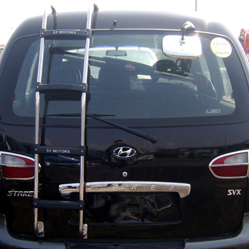 ~ 2006 H1 Rear Ladder
