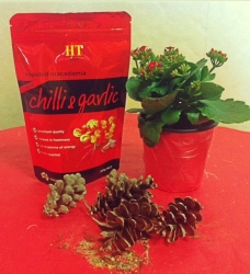 CHLLI & GARLIC  Made in Korea