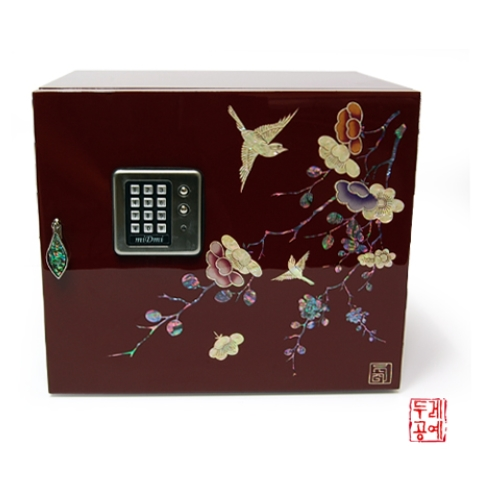 Lacquerware jewelry safe-type box inlaid with mother-of-pearl (Round-shape case)  Made in Korea