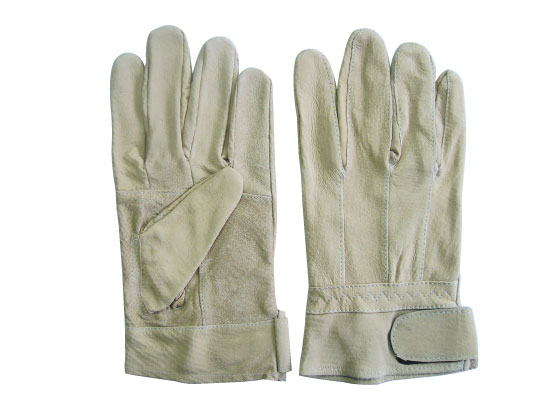 Leather gloves with back side cloth  Made in Korea