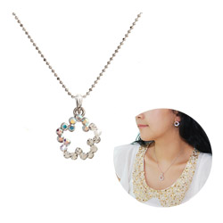 Korea Handmade Fashionable Necklace  Made in Korea